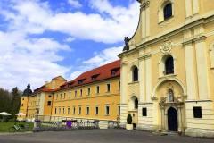 Pocysterski-Zespół-Klasztorno-Pałacowy-w-Rudach-1
